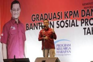 Mensos Minta KPM PKH Graduasi Tidak Turun Kelas