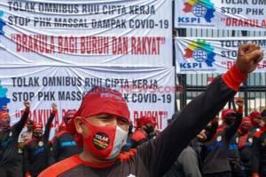 Tolak Omnibus Law Cipta Kerja, Jutaan Buruh Akan Mogok Nasional Selama 3 Hari