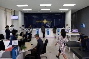 Bulan Depan Bakal Banyak Perusahaan Ngantre di Bank, Ngapain Ya?