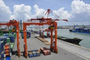 Kinerja Penguasa Pelabuhan Dihantam Gelombang Lockdown