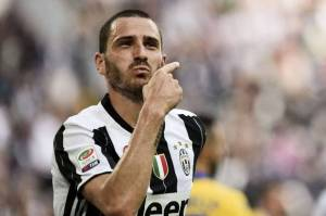 Lini Belakang Juventus Terancam Keropos Saat Jamu Barcelona