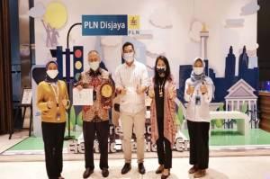 Kado HLN ke-75, PLN Disjaya Raih Penghargaan Nusantara CSR Awards