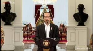 Jokowi Kecam Pernyataan Presiden Prancis Emmanuel Macron yang Menghina Islam