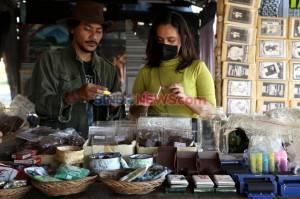 Terungkap! Ini Alasan Sri Mulyani Bikin Cukai Rokok Tambah Ngebul Tahun Depan