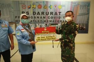 Kemensos Salurkan 500 Paket Sembako dan 2000 Sabun Mandi ke RSD Covid-19 Wisma Atlet