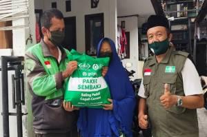YABB Bersama NU Care Salurkan 1.538 Sembako untuk Guru Ngaji dan Santri