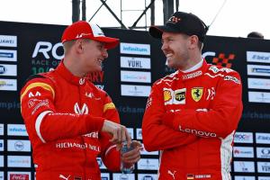 Timba Ilmu dari Schumi, Vettel Janji Wariskan ke Mick Schumacher