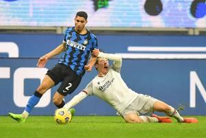 Inter Tempel Ketat AC Milan Usai Bungkam Bologna