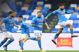 Napoli Setengah Lusin Gol ke Gawang Fiorentina