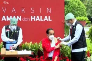 Gemetar saat Pertama Suntik Jokowi, Dokter Kepresidenan: Terima Kasih Dipercaya Kembali