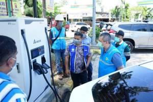 Wuih! Tol Lintas Sumatera Kini Miliki Tempat Charge Mobil Listrik
