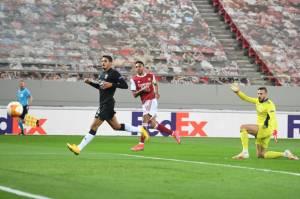 Babak I Arsenal vs Benfica: Gol Aubameyang Dibalas Diogo Goncalves