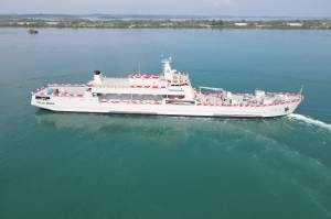 Menhan Prabowo Luncurkan Kapal Perang Pengangkut Tank