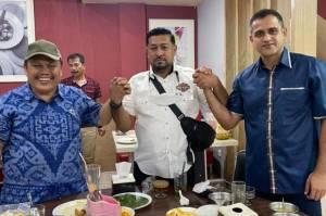 Viral Nazaruddin dan Jhoni Allen Foto Bertiga, Siapa Orang Ketiga?