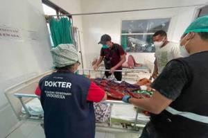 Bencana NTT, PABOI Evakuasi Pasien Patah Tulang Belakang di Lembata