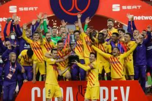 Hasil Pertandingan Sepak Bola, 17-18 April Barcelona Raih Gelar Pertama