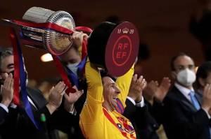 Rebut Gelar Pertama Sebagai Kapten, Messi: Sayang, Tak Ada Fans