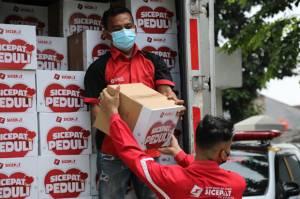 Ajak Donasikan Sebagian Rezekinya, Sicepat Ekspres Bagikan 700 Paket Sembako
