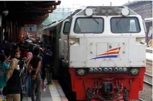 Wajib ke Kampung Saat Larangan Mudik? Bisa Gunakan Kereta Ini dan Pahami Syaratnya