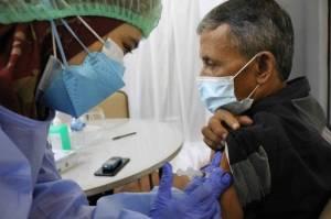 Survei University of Maryland: 80,8% Orang Indonesia Bersedia Divaksin COVID-19