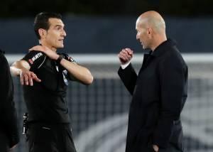 Zinedine Zidane Enggan Berjanji Bakal Terus Latih Real Madrid