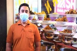 Ketika Pemilik RM Padang Ini Jatuh Hati pada Bank DKI