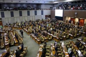 Setjen DPR Sediakan Hotel Bintang 3 untuk Isoman Anggota Dewan