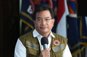 Satgas COVID-19 Sebut Jawa-Bali Alami Penurunan Kasus 24% Selama PPKM Berlevel