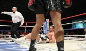 Geger, Tyson Fury Dirobohkan Petinju Tak Terkenal Sekali Pukulan