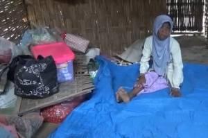 Viral, 2 Perempuan Tua di Ponorogo Hidup di Kandang Karena Terlalu Mencintai Kambingnya