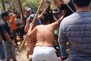 Heboh Emak-emak Telanjang Dada, Protes Penutupan Jalan di Deliserdang