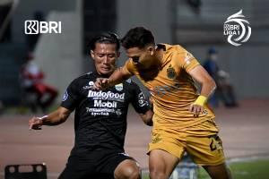 Duel Bhayangkara FC vs Persib Bandung Sempat Ricuh, Ini Pemicunya