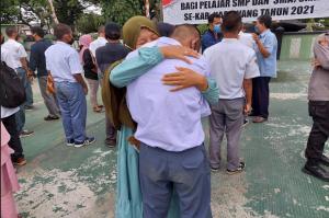 Ngaku Kapok, Pelajar Suka Tawuran Menangis di Makodim 0604 Karawang