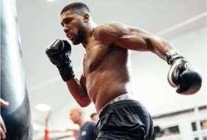 Anthony Joshua Ungkap Penyebab Minta Tolong Pelatih Mike Tyson di AS