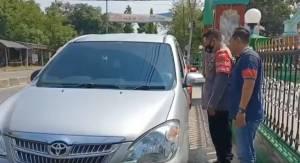 Mobil Anggota TNI Dibobol saat Jumatan, Uang Raib Digondol Perampok