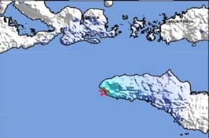 Gempa Bumi M4,6 Guncang Tambolaka, Getarannya Bikin Warga Berhamburan Keluar Rumah