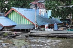 Banjir Rendam Ribuan Rumah di Sekadau Kalimantan Barat, 1 Warga Meninggal Dunia