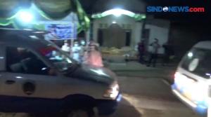 Klaster Hajatan, Puluhan Ambulans Evakuasi Warga 2 Desa