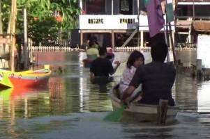Lebaran Hari Kedua, Banjir Rendam Ratusan Rumah Warga di Wajo