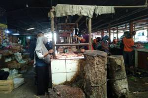 Usai Lebaran, Harga Ayam Melejit Menyusul Bawang Merah