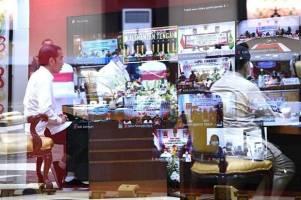 Tekan COVID-19, Jokowi Minta Perjalanan Lintas Wilayah Dikendalikan