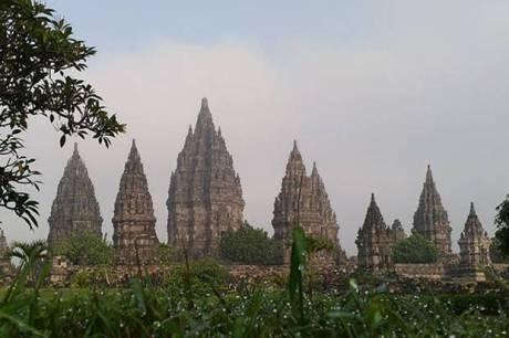 Penutupan Candi Borobudur, Prambanan, Ratu Boko Kembali Diperpanjang