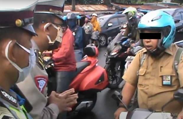 Ngeyel! Oknum ASN di Gowa Lawan Polisi saat Diminta Pakai Masker