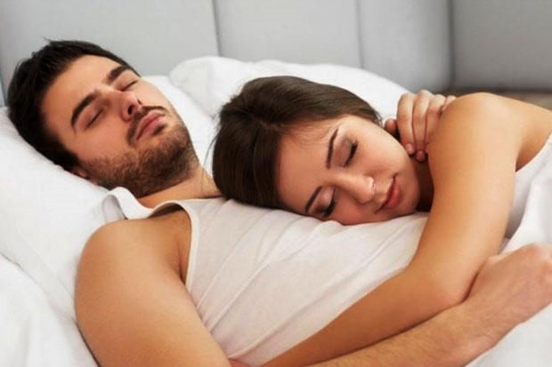 Mau Tidur Nyenyak dan Awet Muda?Tidurlah di Bawah Ketiak Suamimu