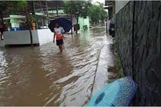 Hujan Deras Akibatkan Banjir Bandang di Mandailing Natal