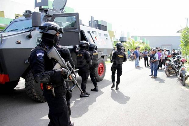 Densus 88 Tangkap Tiga Terduga Teroris di Serang Banten