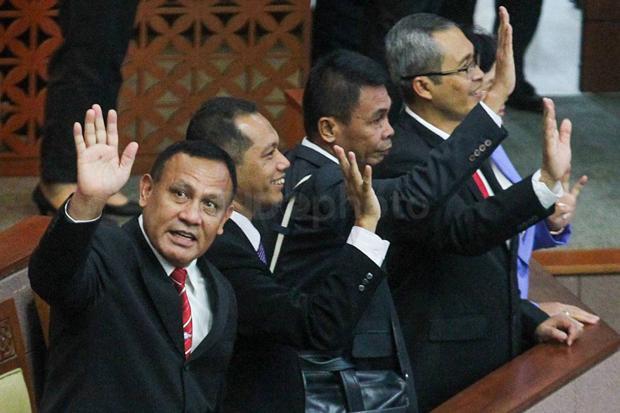 ICW Sebut KPK Era Firli Bahuri Minim Penindakan, Surplus Buronan