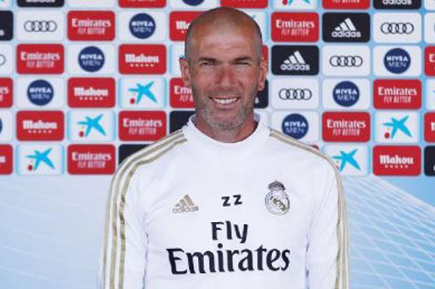 Zidane: DNA Real Madrid adalah Memenangkan Gelar