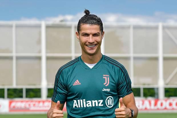 Pesan Ronaldo pada Penggemar dari Pusat Pelatihan Juventus