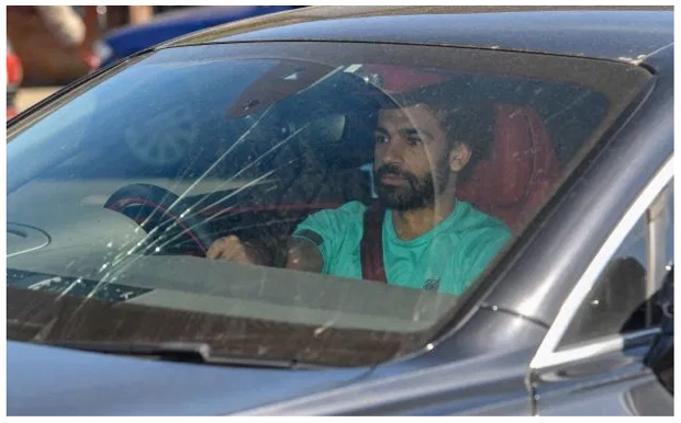Mohamed Salah Terlibat Kecelakaan di Jalan Raya?